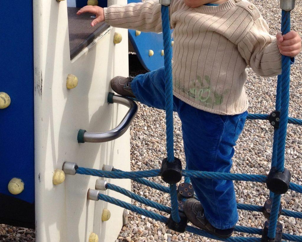 Montessori motricité libre