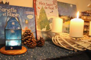 Table de saison: hiver, Noël. Les rythmes, saisons, fêtes et festivals sont centraux dans la pédagogie Steiner Waldorf.